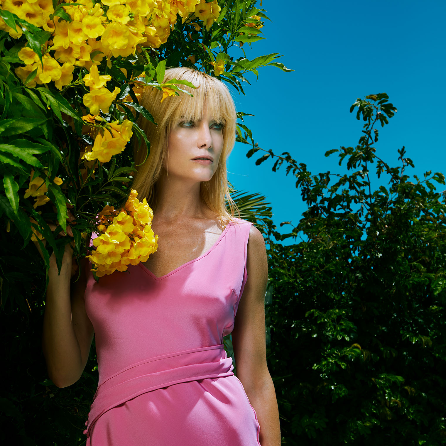 The Lady in Flowers - Fashion and Celebrity Photography Los Angeles